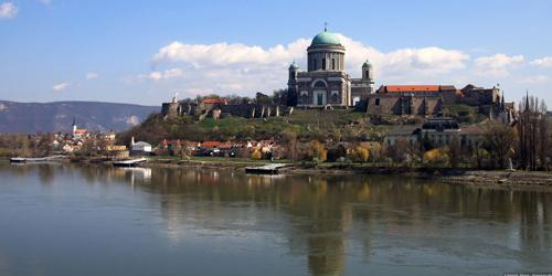 circuit vienne, circuit budapest, circuit bratislava, vienne, bratislava, budapest, hongrie, hôtel, budapest hotel, schönbrunn, parlement budapest, bain budapest, budapest thermes, hongrie
