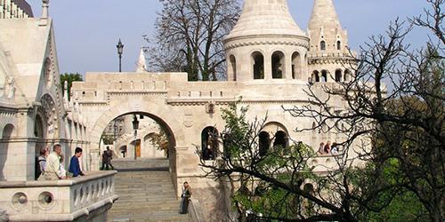 budapest, budapest tourisme, hôtel, budapest hotel, la hongrie, parlement budapest, place des héros, visite parlement budapest, tokaj, eger, vins