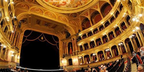 budapest, hongrie, parlement budapest, opéra budapest, opéra national, bains budapest, budapest thermes, bains gellért